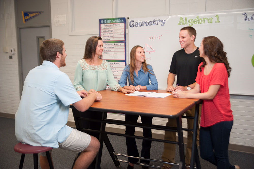 New Study Want Students To Pay Attention Give Them A