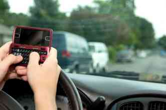Texting while driving: State laws reduce crash injuries, study says