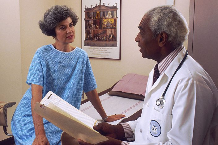 patient speaks with doctor