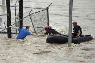 Swift water rescues: Study examines why some people ignore indicators