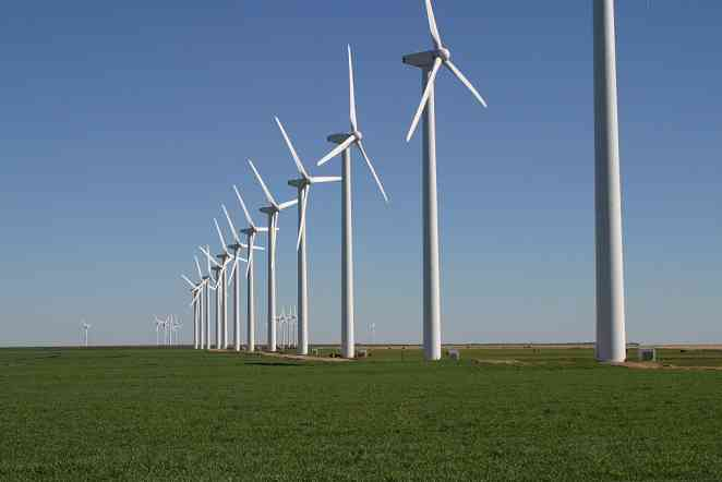Engineers create means to design larger, lighter wind-turbine blades