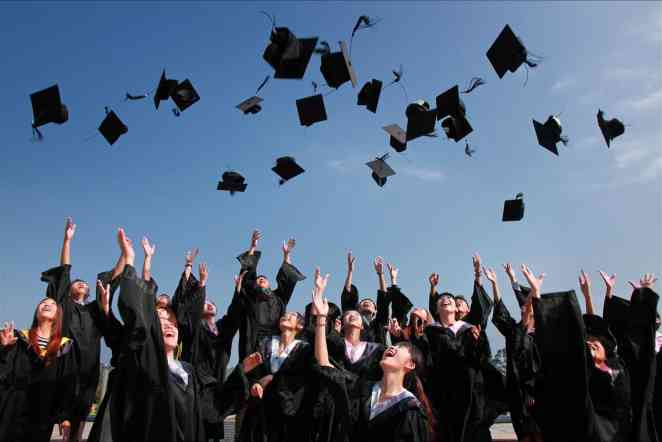 Automatic admissions  encourage qualified, low-income scholars