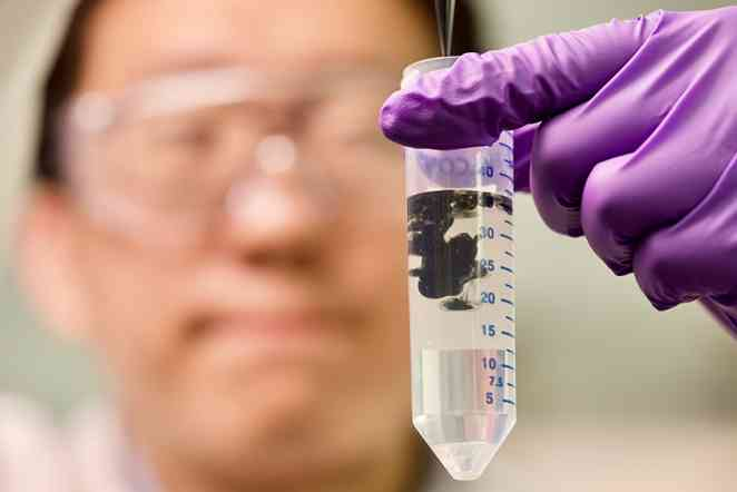 Researchers find inexpensive method to protect fragile nanomaterials