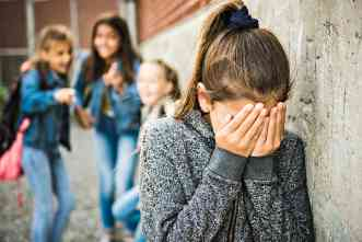 New study: How some students become both bullies and the bullied