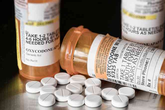 Opioid prescriptions for knee surgery vary widely state to state, study says