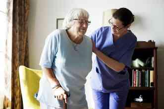 Cognitive impairment + pain meds = higher risk of falling among seniors